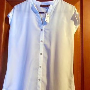 NWT Limited white cap sleeve with gold button down